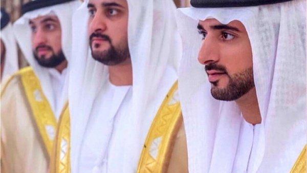 Трое сыновей правителя Дубая подписали брачные контракты.
