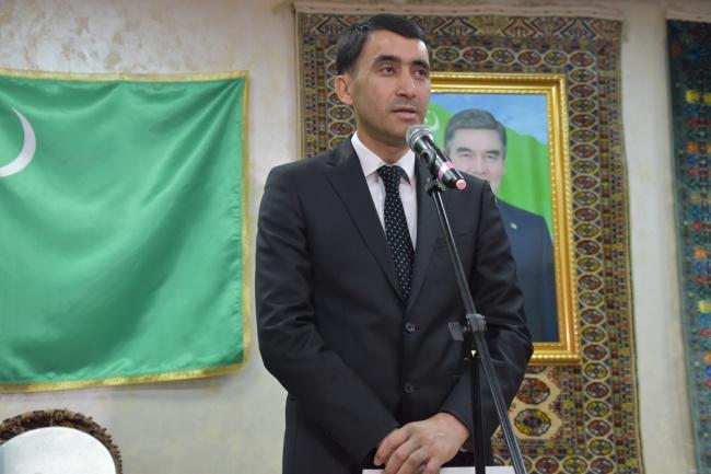 Заместитель министра культуры Туркменистана Гурбанмурад Мырадалиев