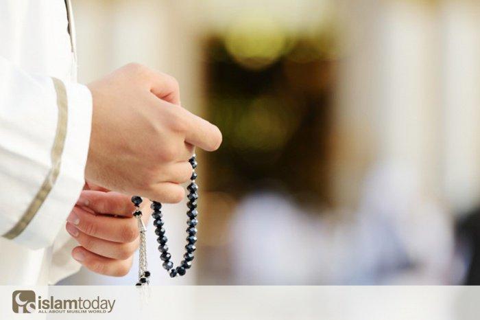 Какую суру нужно читать с четверга на пятницу, чтобы Аллах простил грехи?