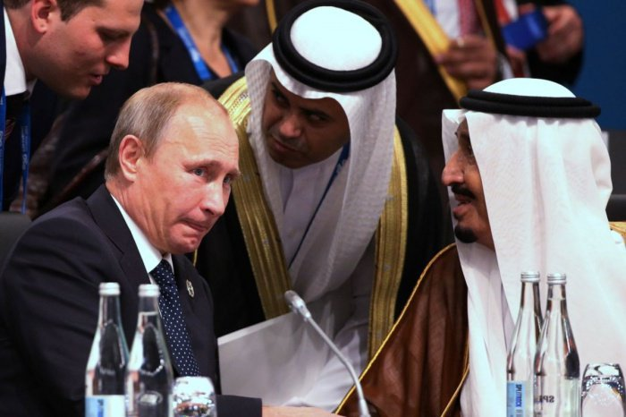 Президент России продолжает визит в Саудовскую Аравию.