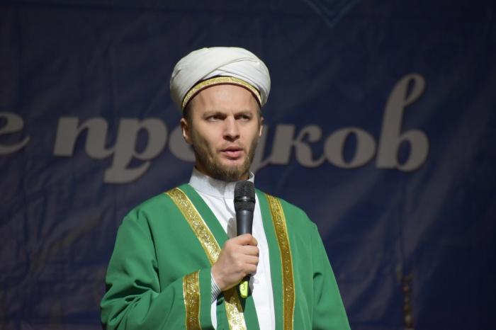Заместитель муфтия РТ Рустем хазрат Валиулин