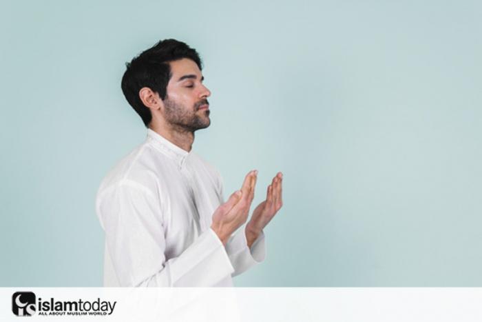 Почему в Коране говорится, что Аллах находится на Арше? (Фото: .freepik.com)