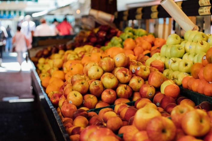 Одно яблоко в день может быть полезным для профилактики рака, поскольку этот фрукт содержит полифенолы, предотвращающие воспаление, инфекции и сердечно-сосудистые болезни