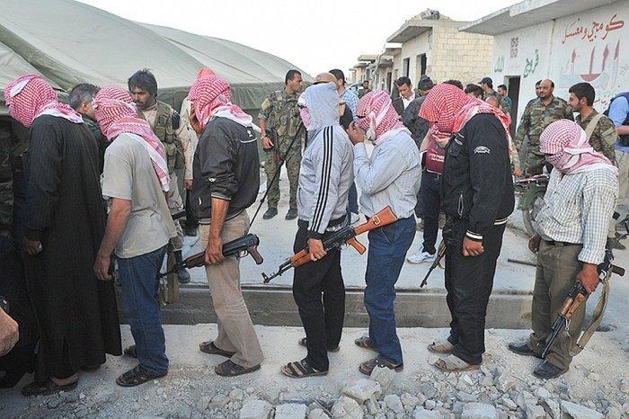 Минобороны Сирии призвало боевиков сложить оружие.