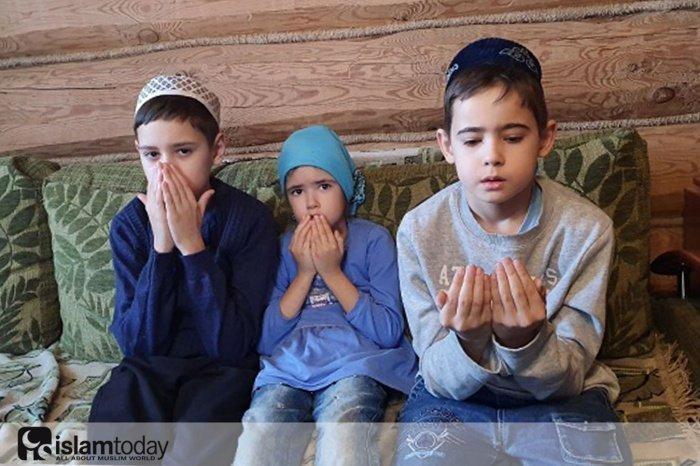 Сбор денег для семьи погибшего имама села Шадки.