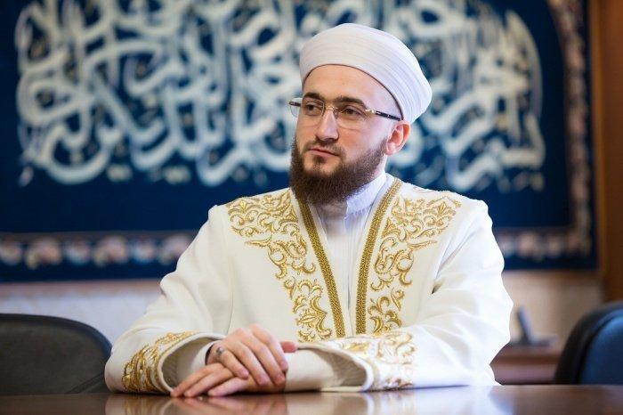 Муфтий РТ поздравил мусульман с наступлением ночи Рагаиб.