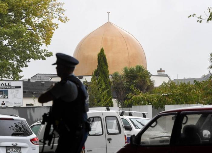 Полиция усилила охрану мечетей Крайстчерча.