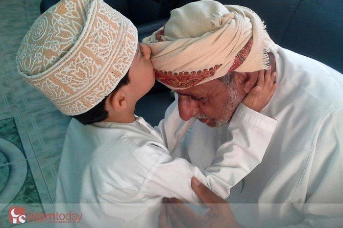 8 самых важных аятов и хадисов об уважительном отношении к родителям