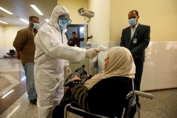 Число заразившихся коронавирусом растет в Ираке.