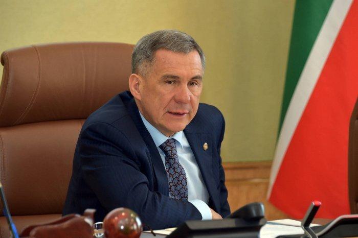 Минниханов поприветствовал участников конференции по случаю 15-летия вступления РФ в ОИС.
