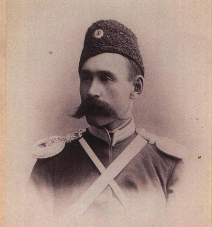 Зюлькарнаин Дашкин из рода татарских мурз. В годы Первой мировой войны возглавлял 14-й Оренбургский казачий полк.