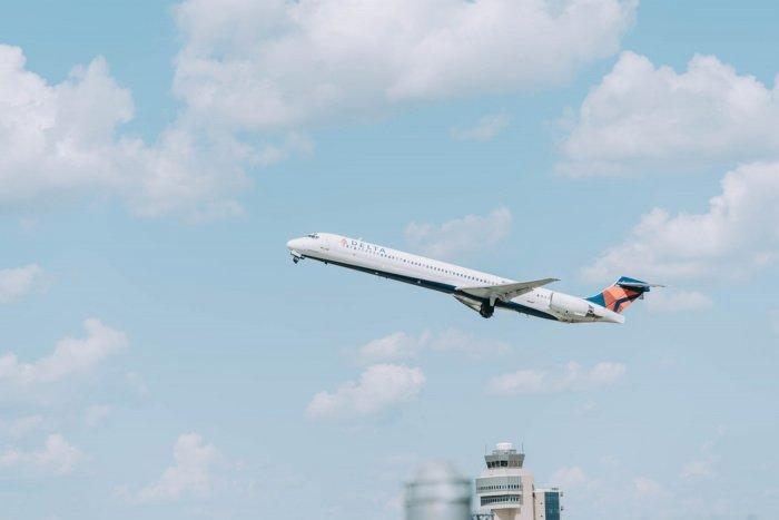 В первую очередь авиасообщение возобновится с Британией, Танзанией и Турцией