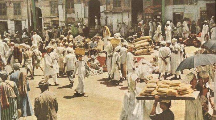 Рынки и ларьки возле мечети Аль-Харам.