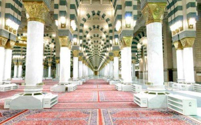 Все ковры будут распределены в мечети и на территории вокруг нее