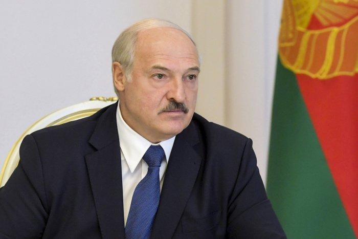 Белоруссия станет первой страной, куда будет поставлена российская вакцина от COVID-19 (Фото: ТАСС)
