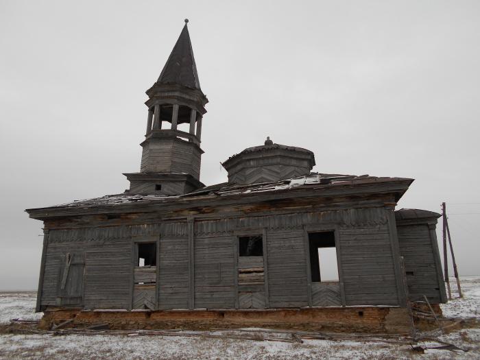 Деревянная мечеть в с. Аккотлык. 2014 год