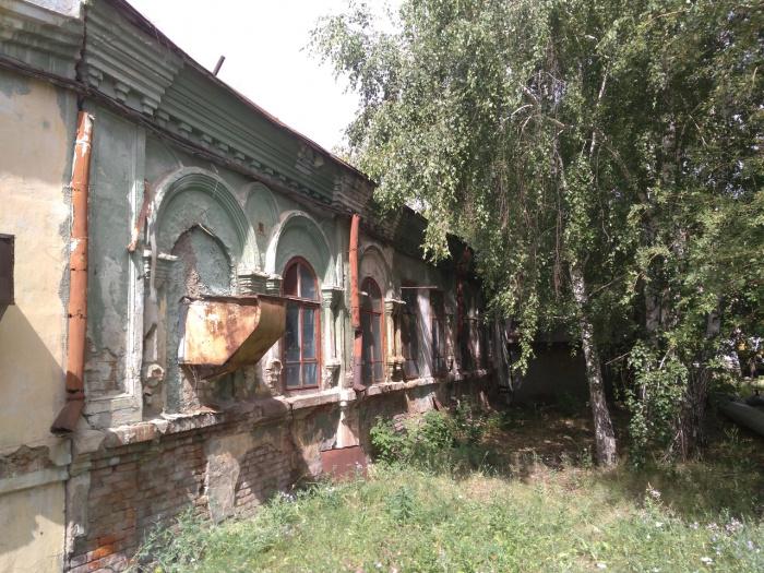 Здание медресе при Давлеткильдеевской мечети. Петропавловск, современный вид