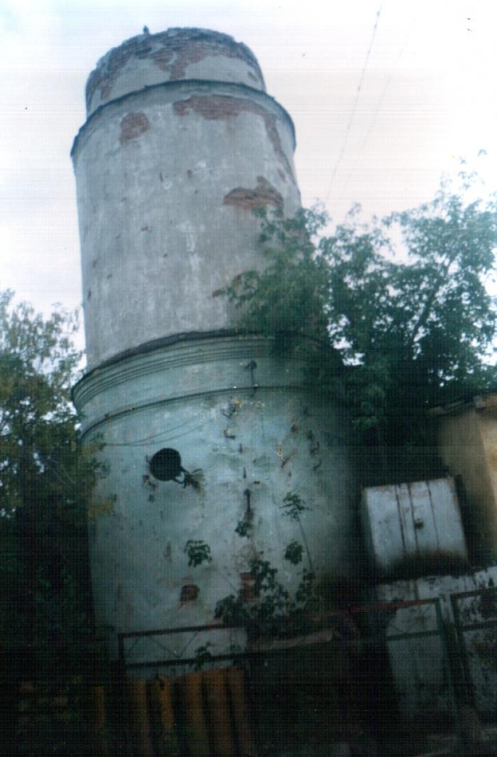 Сохранившийся минарет Давлеткильдеевской мечети. Петропавловск, современный вид.