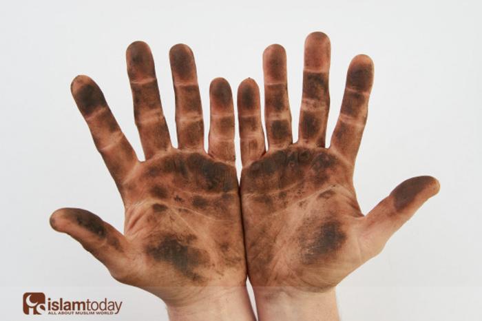 Каких людей Пророк прировнял к «издевающимся над Господом»? (Источник фото: freepik.com)