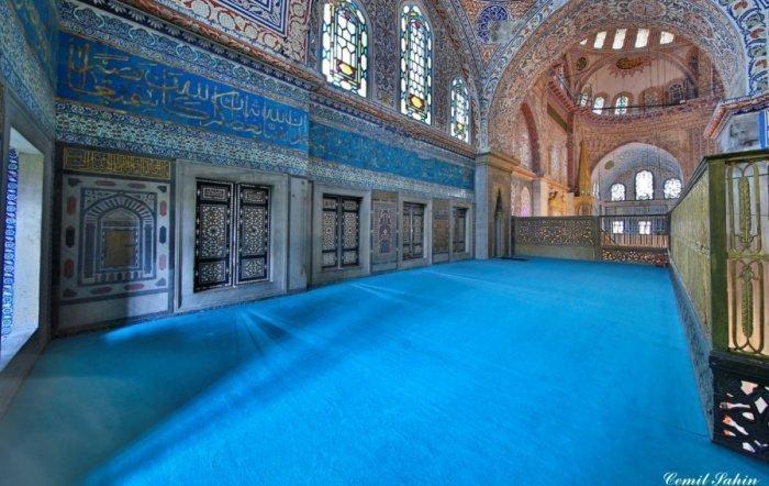 Как Голубая мечеть Стамбула стала причиной появления нового минарета в мечети Аль-Харам