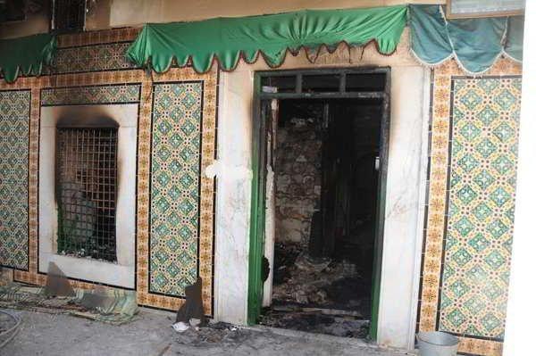 Место захоронения Айши было разрушено экстремистскими салафитами в 2012 году