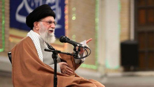Верховный лидер Ирана аятолла Али Хаменеи (Источник фото: google.com)