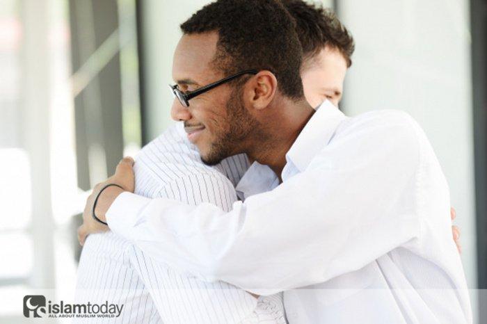 Какой должна быть любовь ради Аллаха? (Источник фото: freepik.com)