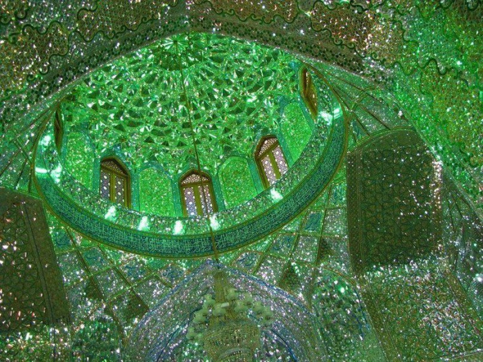 Зелёная мечеть — турецкая мечеть в Бурсе, построенная в XV веке (Источник фото: vaynahi.com)