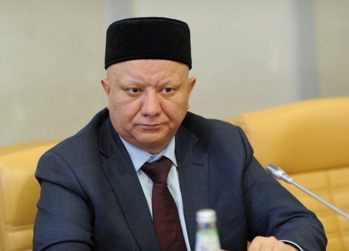 Альбир Крганов прокомментировал идею возвращения на Лубянку памятника Дзержинскому.