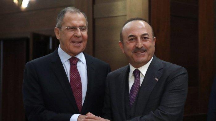 Лавров и Чавушоглу провели отдельную встречу в Дохе.