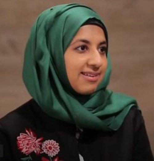 Зара Мухаммад (кадр из видеосюжета)