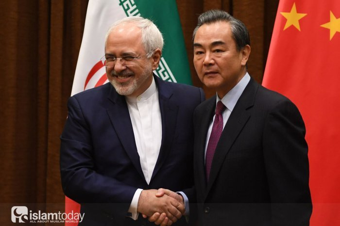 Политические отношения Китая и Ирана (Источник фото: yandex.ru).