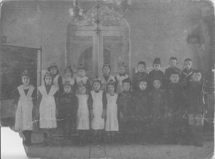 Дети татарской общины Харбина, 1915 год. Из архива Ильхана Садри.