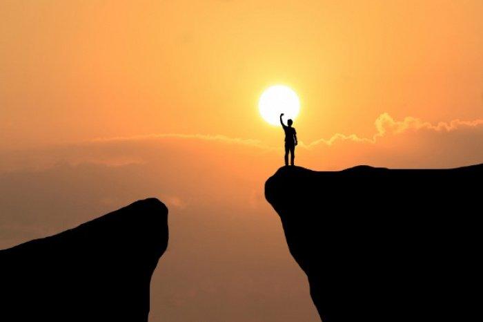 Наш великий Господь сотворил нас из ничего (Фото: freepik.com).