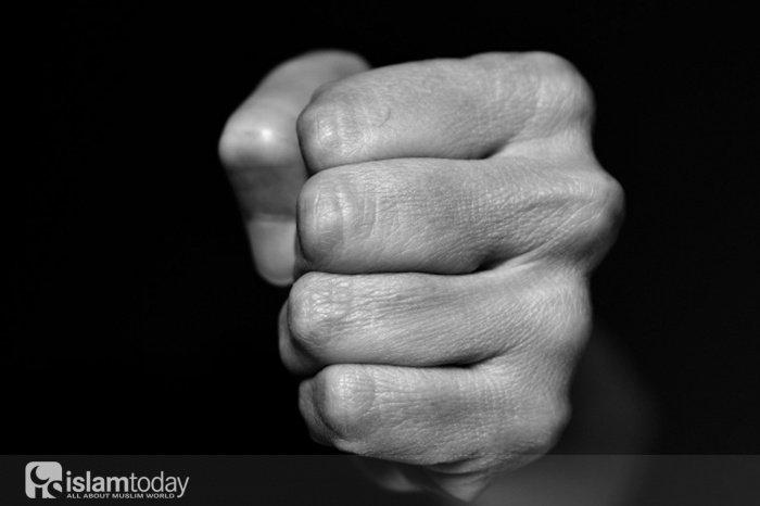 Почему Аллах допускает зло? (Источник фото: topspb.tv).