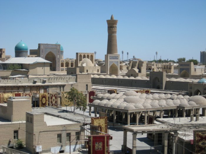 Бухара. Вид на старый город (из личного архива автора).