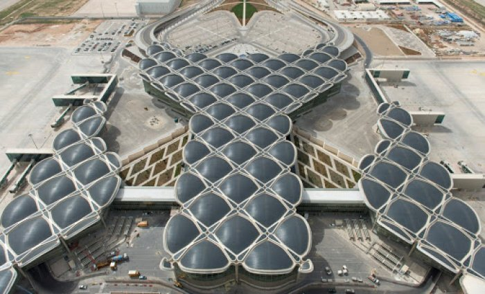 Международный аэропорт королевы Алии (Фото: esosedi.org).