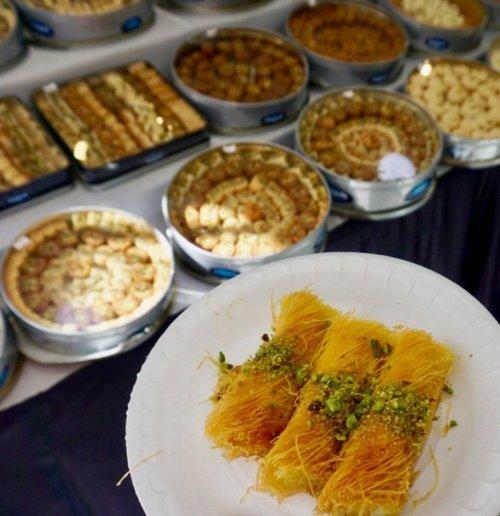 Канафех (Фото: intrepidtravel.com).