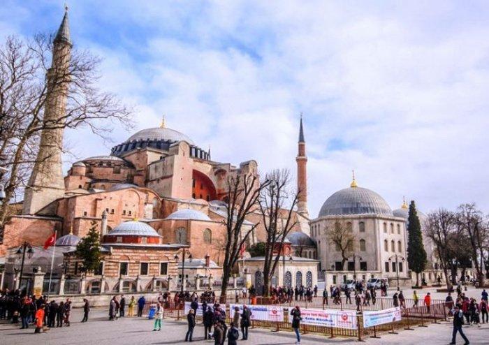 В 2020 г. храму вернули статус мечети (Фото: turk.expert).