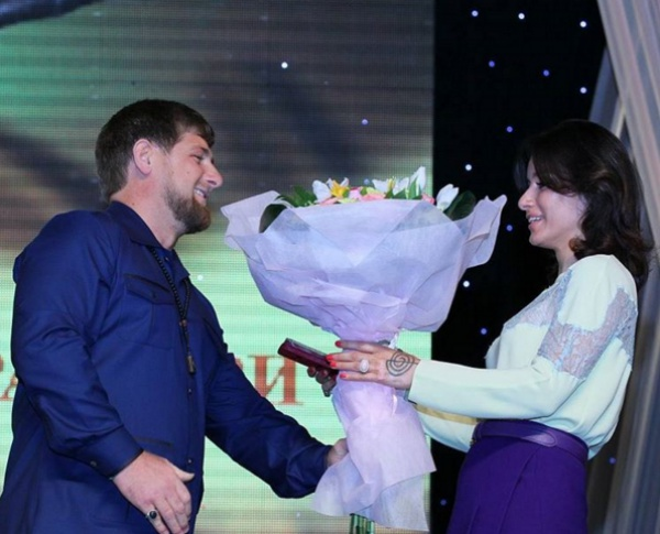 Тину Канделаки все знают и все любят, у нее нет ни одного личного врага, - уверен Кадыров