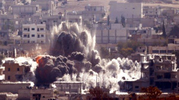 Коалиция СГША бомбит позиции ИГИЛ в Сирии и Ираке.