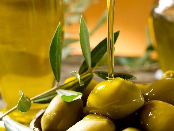 Оливковое масло – единственное масло, которое может употребляться в пищу без дополнительной обработки