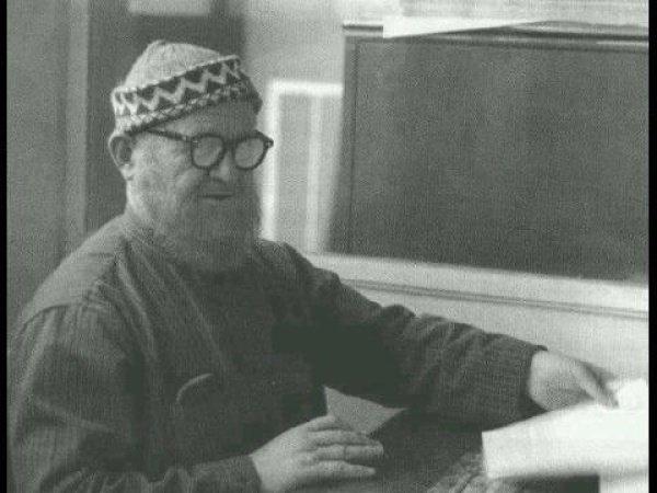 Насируддин Абу Абдуррахман Мухаммад ибн Нух аль-Албани.