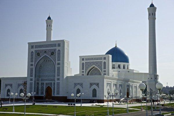 Реликвию, принадлежавшую первому президенту Узбекистана, передали вмечеть