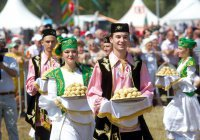 Татарский Сабантуй отпразднуют в Париже