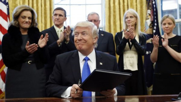ВСША впервый раз непустили беженцев после указа Трампа