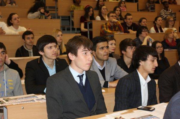Китай активно развивает в Таджикистане образовательную сеть по изучению китайского языка