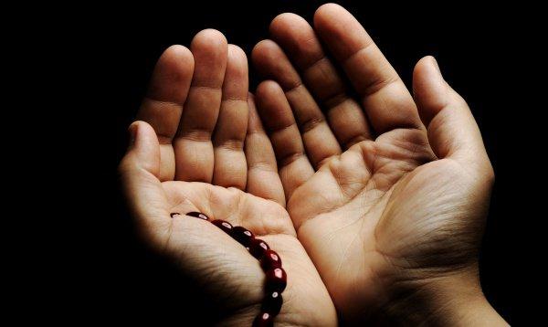 «...нет у вас, кроме Аллаха, ни покровителя, ни помощника»