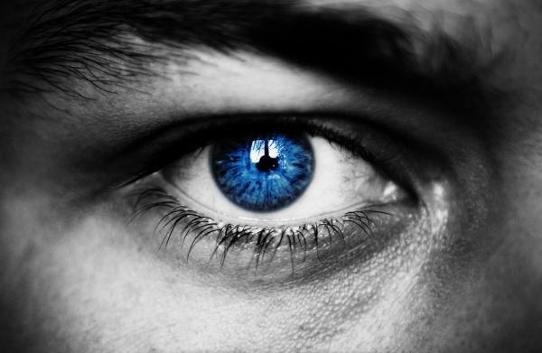 «Первый взгляд от тебя, а второй от шайтана»