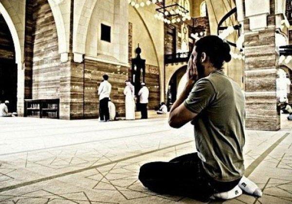 """""""Я буду таким, каким считает Меня раб Мой, и Я нахожусь вместе с ним, когда он поминает Меня.."""""""